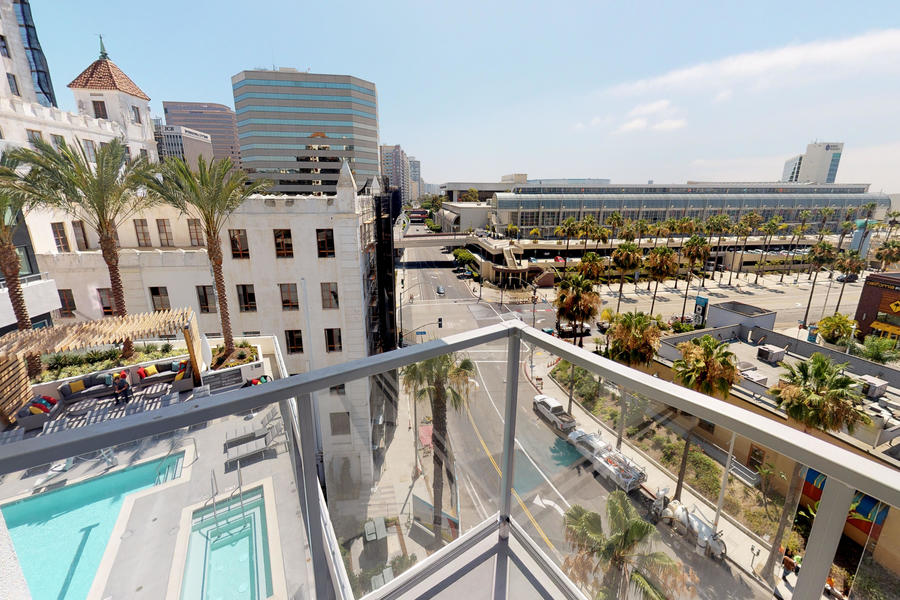 Oceanaire Apartments rooftop view